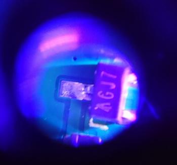 3-Blue-light_scr.JPG